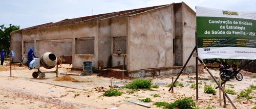 Obras de construção das novas unidades de saúde estão em andamento