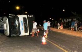 Setransafs articula forças para apoio em acidente com carreta
