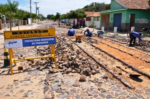 Obras de recuperação poliédrica avançam no bairro São Benedito