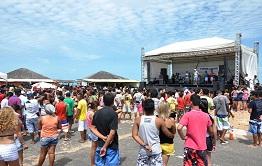 Carnaval na Pedra do Sal reúne grande público nesse domingo