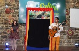 Último dia de Salipa começa com lançamento de livros e teatro de bonecos