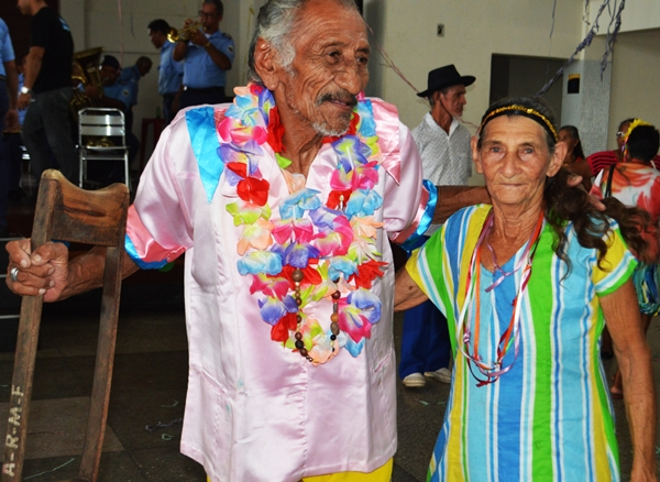 carnaval do idoso (2)