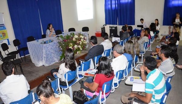 FORMACAO_CONTINUADA_DE_GESTORES_EDUCASCAO_ORCAMENTARIA_DSC_1061