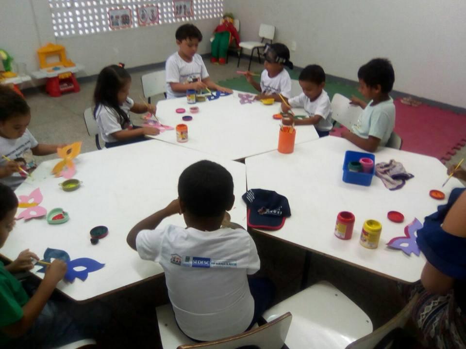 """Cras do São Vicente de Paula executa o projeto """"Brincando e Aprendendo"""" para crianças do bairro"""