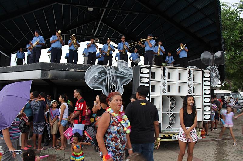 Banda Municipal Simplício Dias anima carnaval infantil realizado pela Prefeitura de Parnaíba