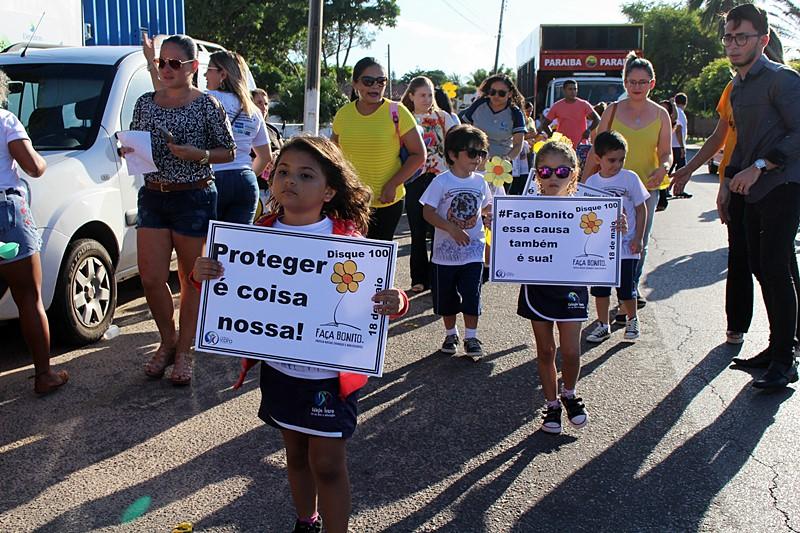SEDESC realiza caminhada contra Abuso e Exploração Sexual de Crianças e Adolescentes