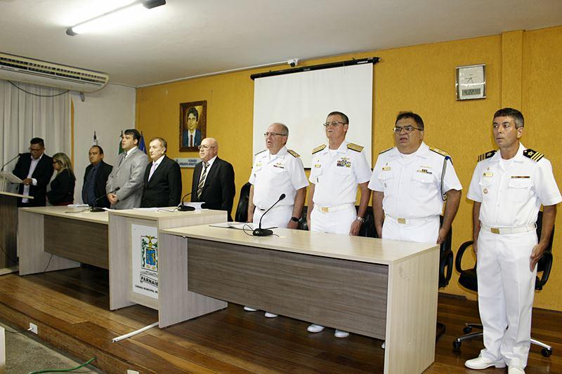 Prefeito Mão Santa participa de solenidade de entrega do Título de Cidadão Parnaibano ao Comandante da Marinha do Brasil