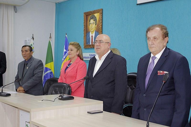 Prefeito Mão Santa participa de solenidade de entrega de títulos de cidadania parnaibana