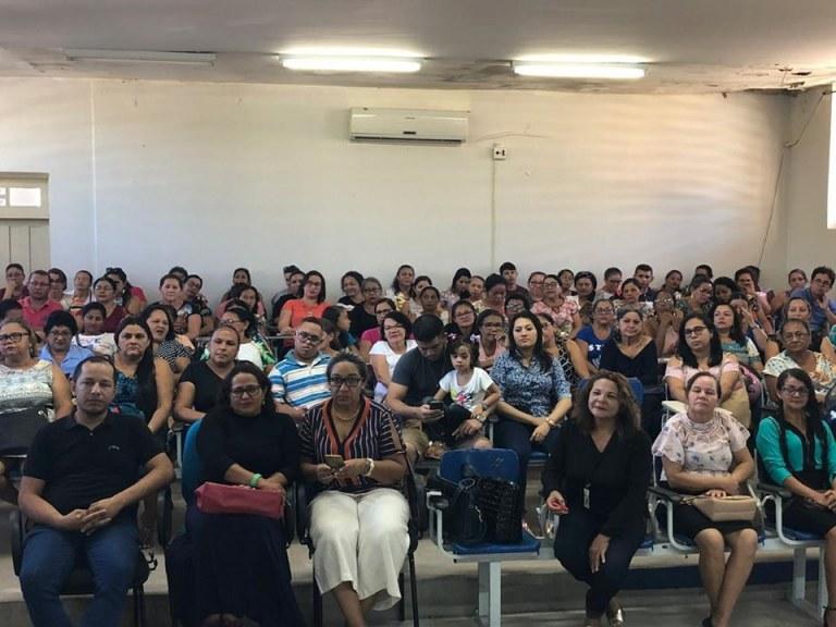SEDUC promove palestras para trabalhadores da educação