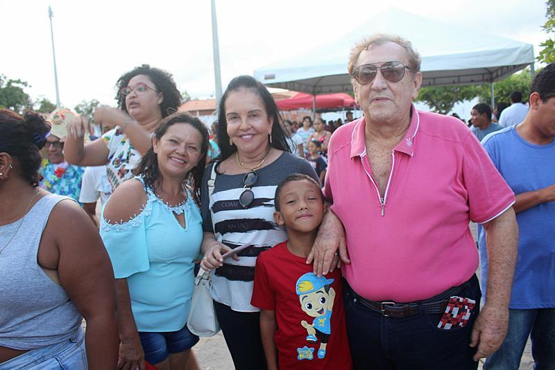 Moradores do Bairro Broderville participam do programa Parnaíba em Ação