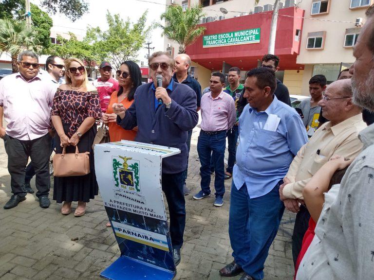 Prefeitura de Parnaíba contemplada com duas novas ambulâncias para o SAMU