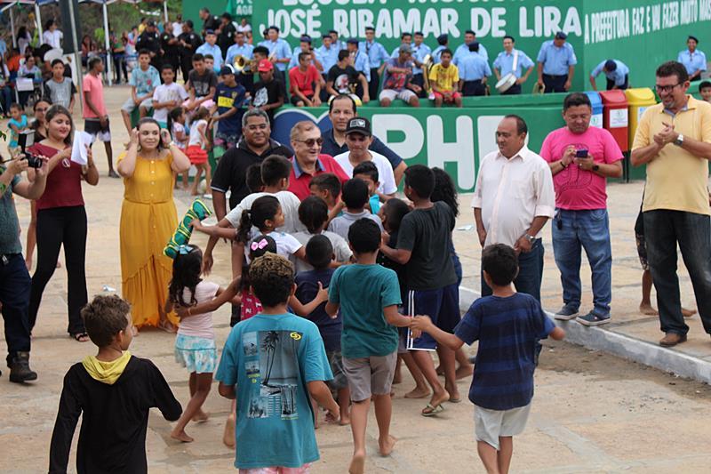 """Prefeitura realiza """"Parnaíba em Ação"""" na comunidade Alto do Batista"""