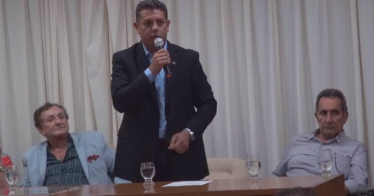 Mão Santa viaja a Fortaleza nesta terça-feira (3) para encontro com Presidente do BNB