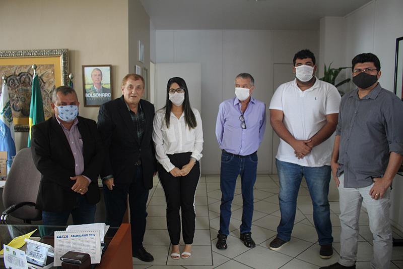 Mão Santa recebe presidente do CREA PI para tratar sobre reabertura da construção civil