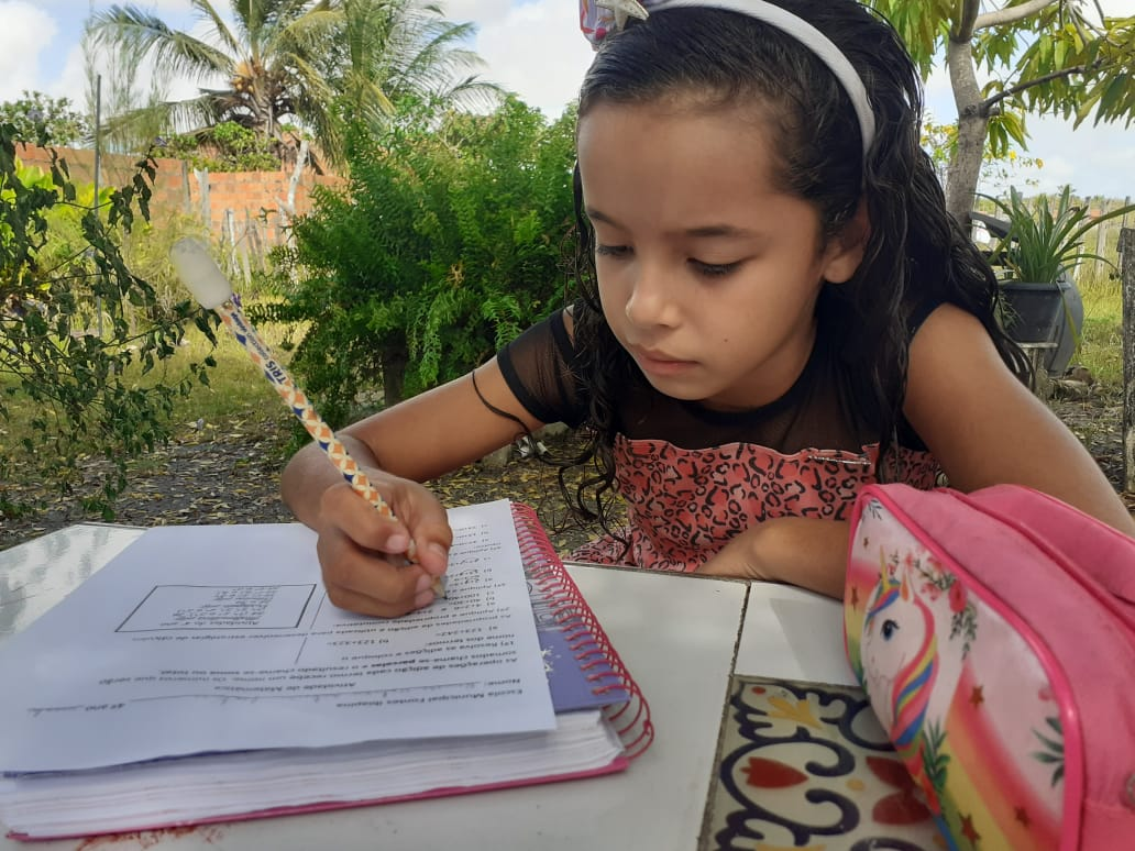 Prefeitura de Parnaíba enviará 15 mil atividades de reforço escolar a estudantes do município