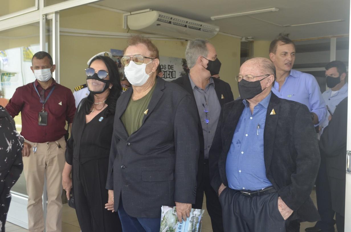 Prefeito Mão Santa recepciona Presidente Jair Messias Bolsonaro